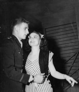 1945 - 46 - Kiss and Tell